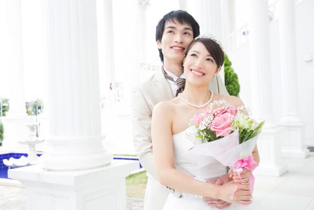 それでも人々はなぜ結婚に向かうのか?